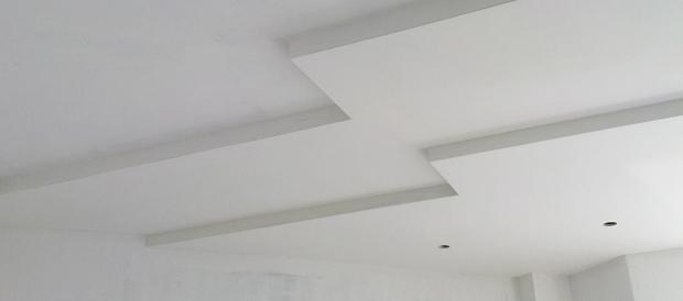 Трещины в штукатурке фасада дома